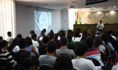 Charla Estudiantes UPSA